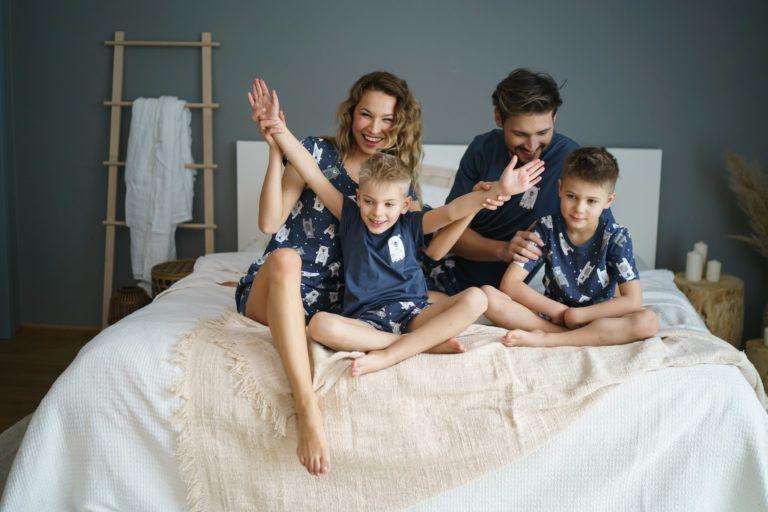 Jak wybrać idealną piżamę na wakacje